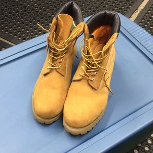 Men's Timberland 6inch Boots size 13